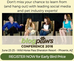 12506628-blogpaws-conference