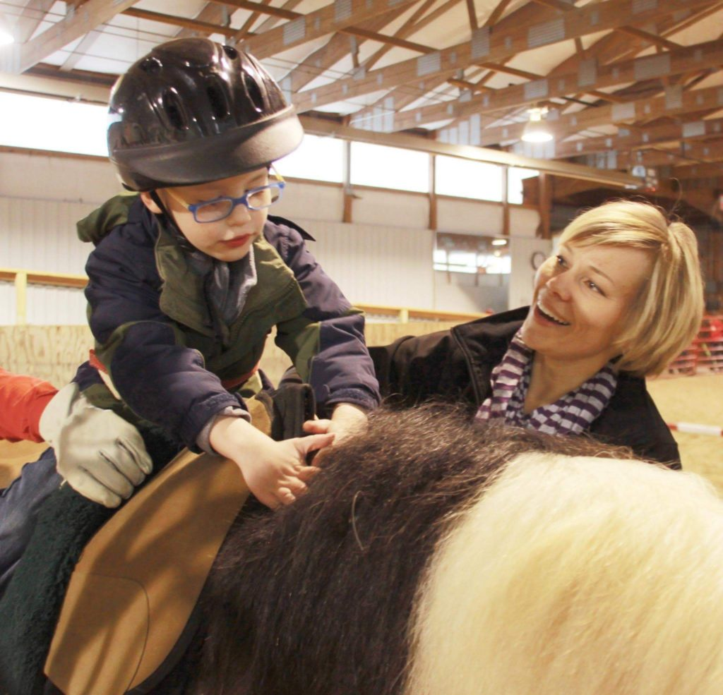 spirit of service kc animal health heartland therapeutic riding lakemary