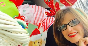 LeaAnn Holiday Christmas Headshot