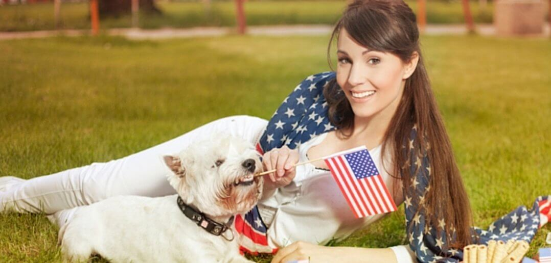 What Are the Dangers for Pets Outside This Memorial Day Weekend?